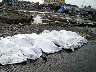 Covered bodies -- people who passed away in the tsuanmi in thailand