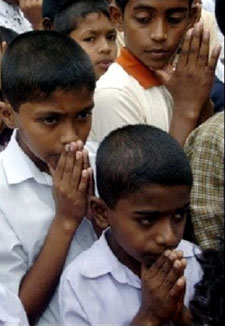 Children in pray
