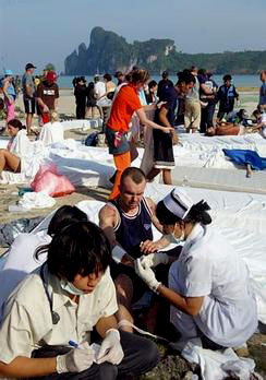 Medical personnel tend to the wounded in Thailand
